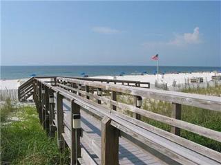 Pelican Pointe beach walkover